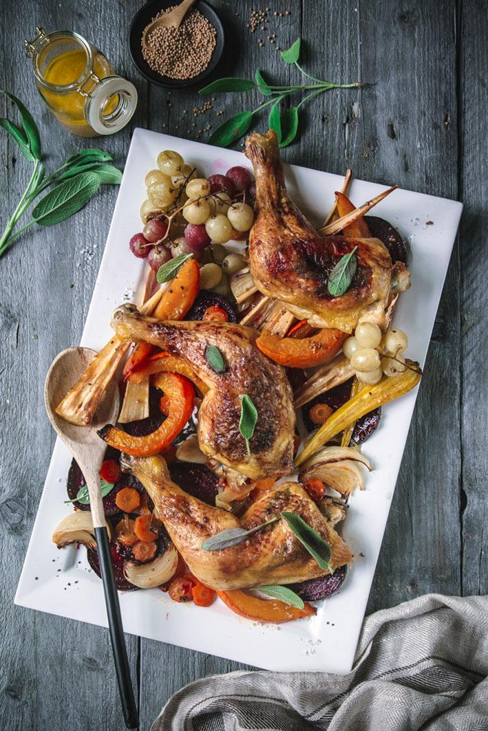 Salbei Hähnchen mit Herbst Gemüse vom Blech