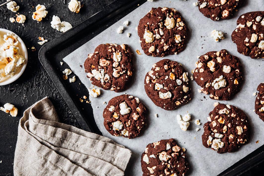 Schokoladen-Popcorn-Cookie aus gesunden Zutaten