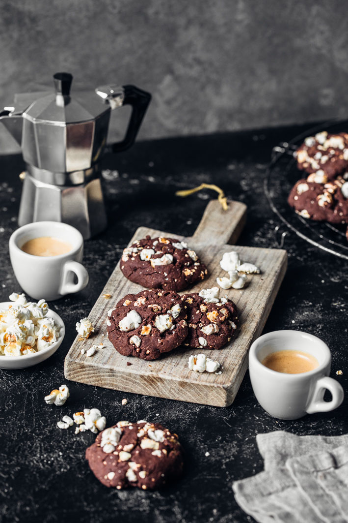 Schoko-Cookies mit Popcorn