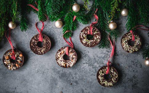 Schokoladenkringel – selbst gemachter Weihnachtsbaumschmuck aus Schokolade