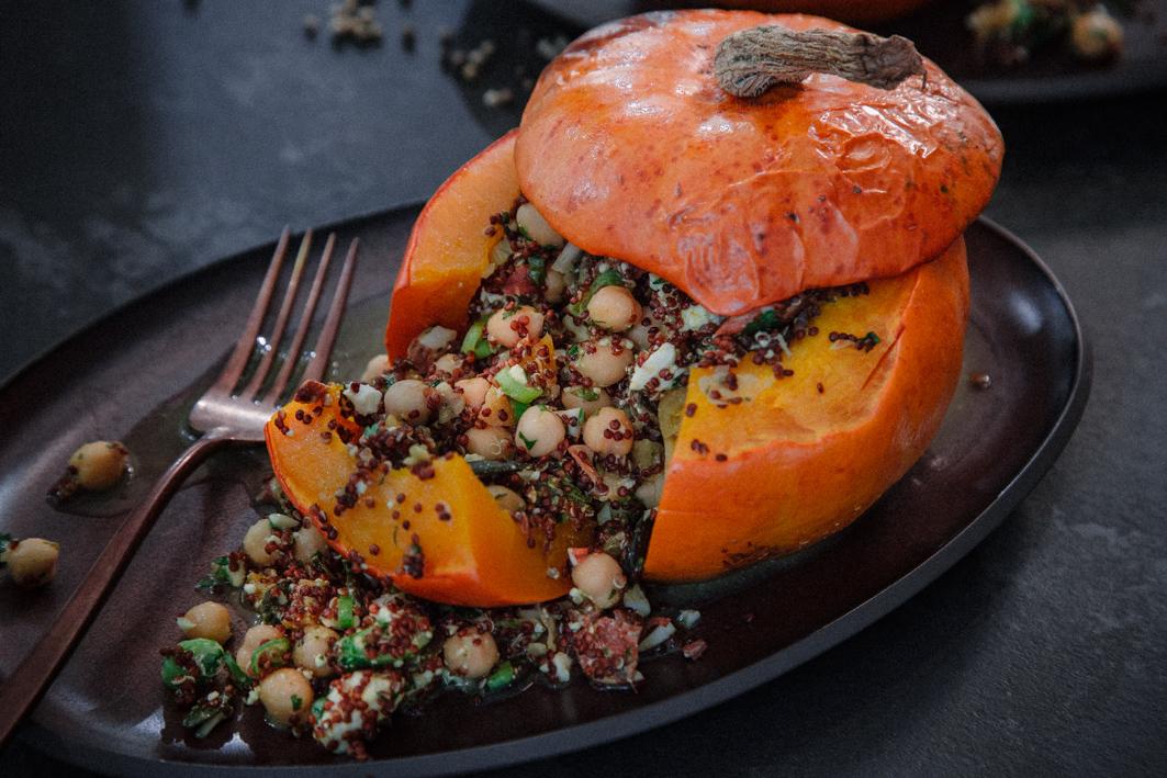 Gefüllter Kürbis mit Quinoa