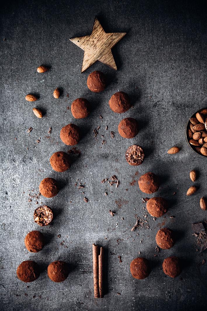 Selbst gemachte Schokoladentrüffel mit Bratapfellikör