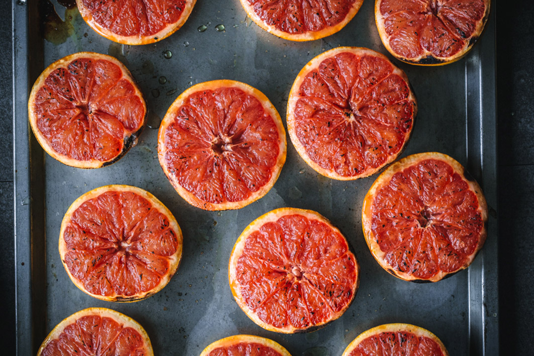 Gegrillte Grapefruits