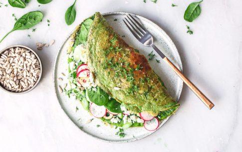 Grünes Spinat-Omelette mit Feta