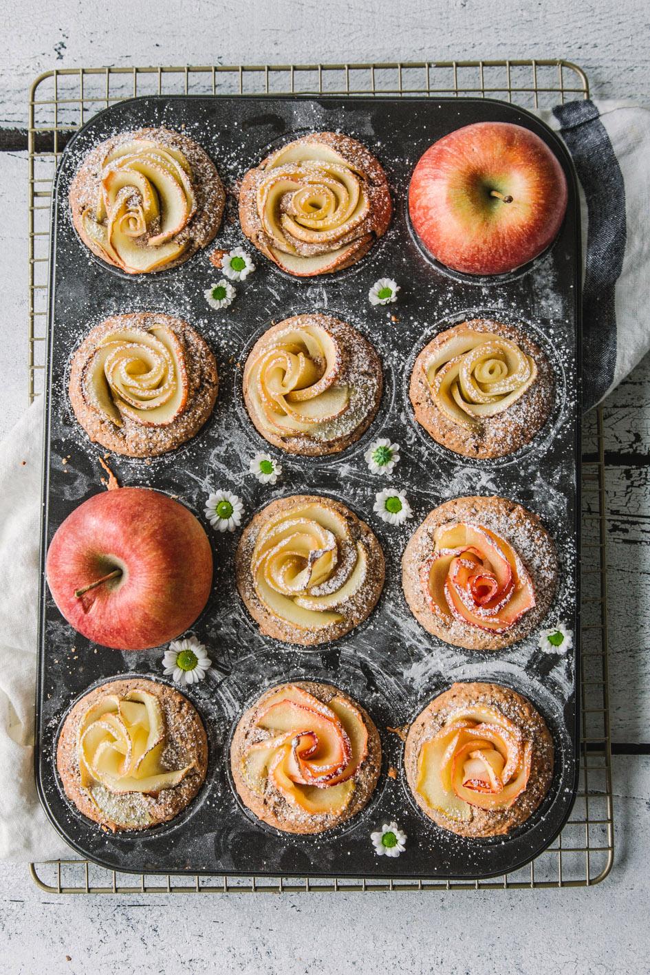 Apfel-Rosen-Muffins