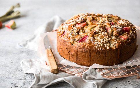 Einfacher unkomplizierter Rhabarberkuchen