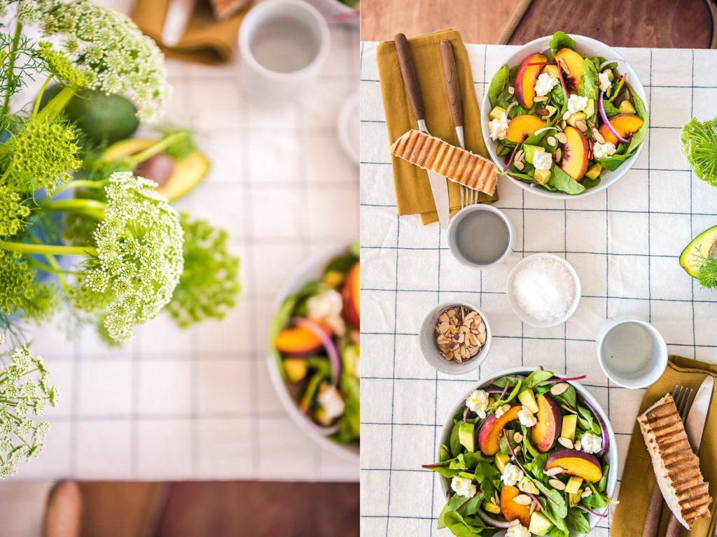 Sommerlicher-Pfirsich-Avocado Salat Foodistas