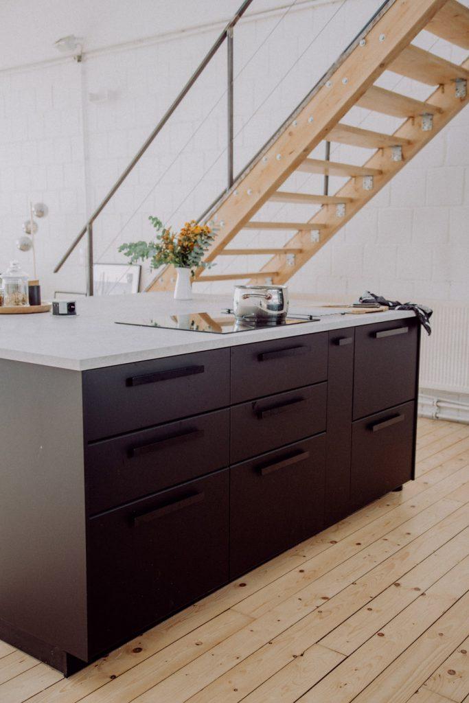IKEA Küche schwarz