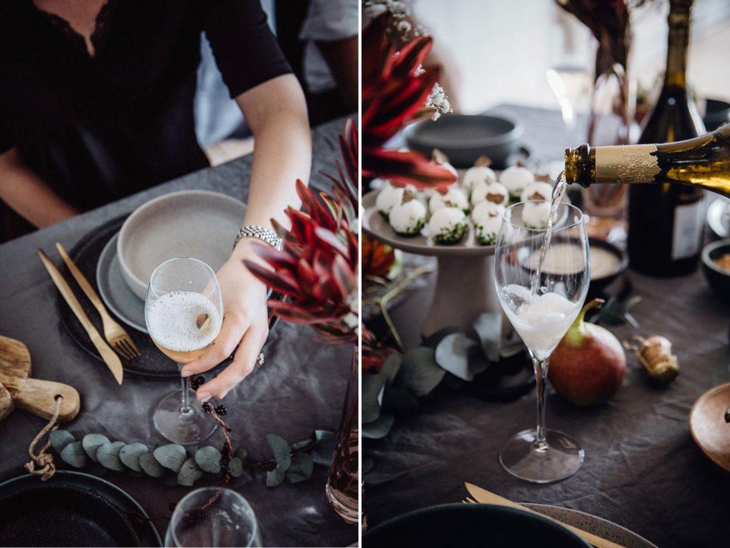 Champagner-Dinner mit Freunden
