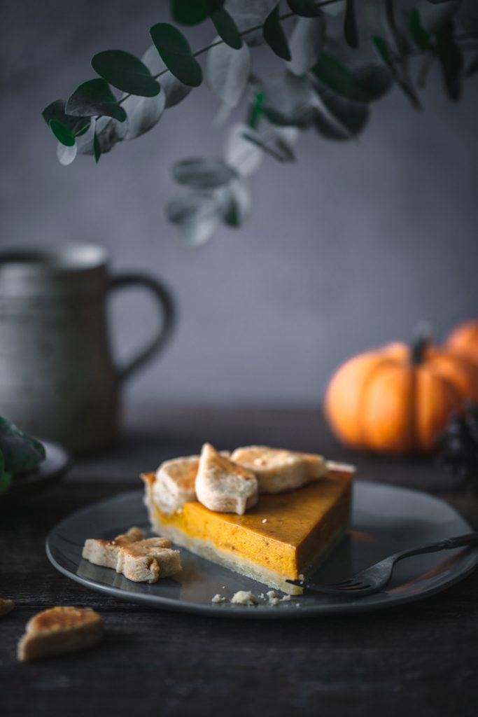 Stück selbst gemachter Pumpkin Pie