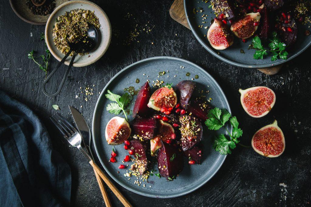 Rote Bete Salat aus dem Ofen mit Feigen