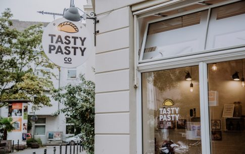 Very British – mit Travelzoo bei The Tasty Pasty Company in Köln