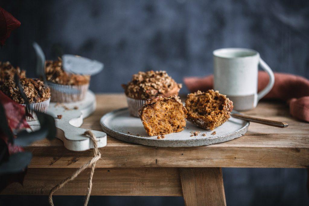 Glutenfreie Süßkartoffelmuffins mit Streuseln