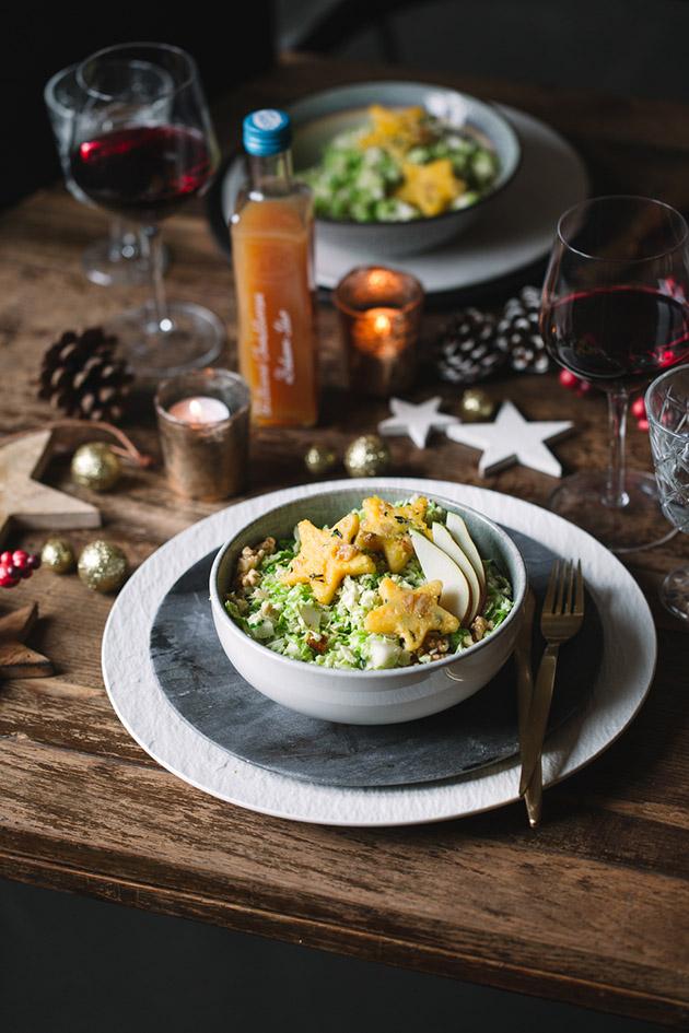 Rosenkohlsalat mit gebratener Walnusspolenta