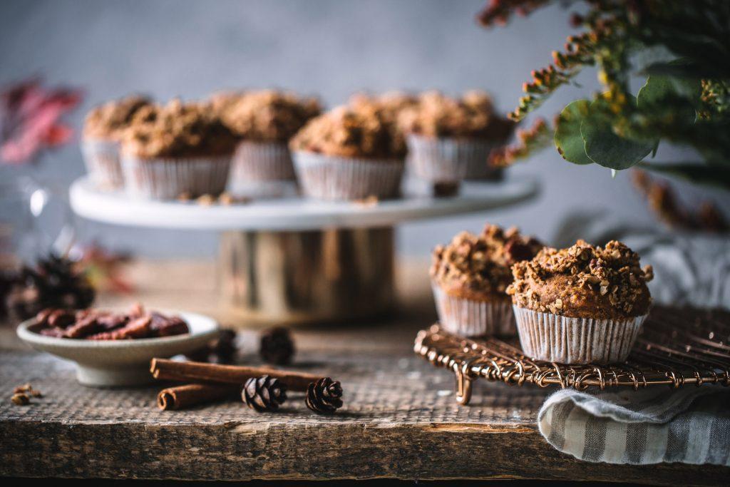 Süßkartoffelmuffins mit Pekannuss-Streuseln
