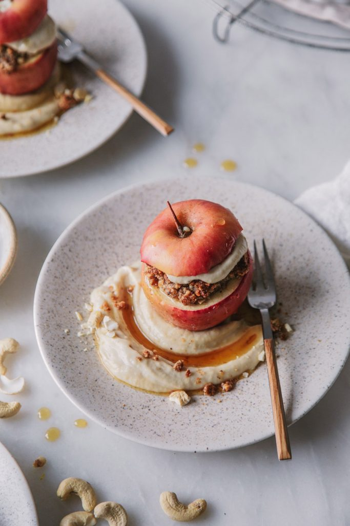 Bratapfel mit Cashewcreme