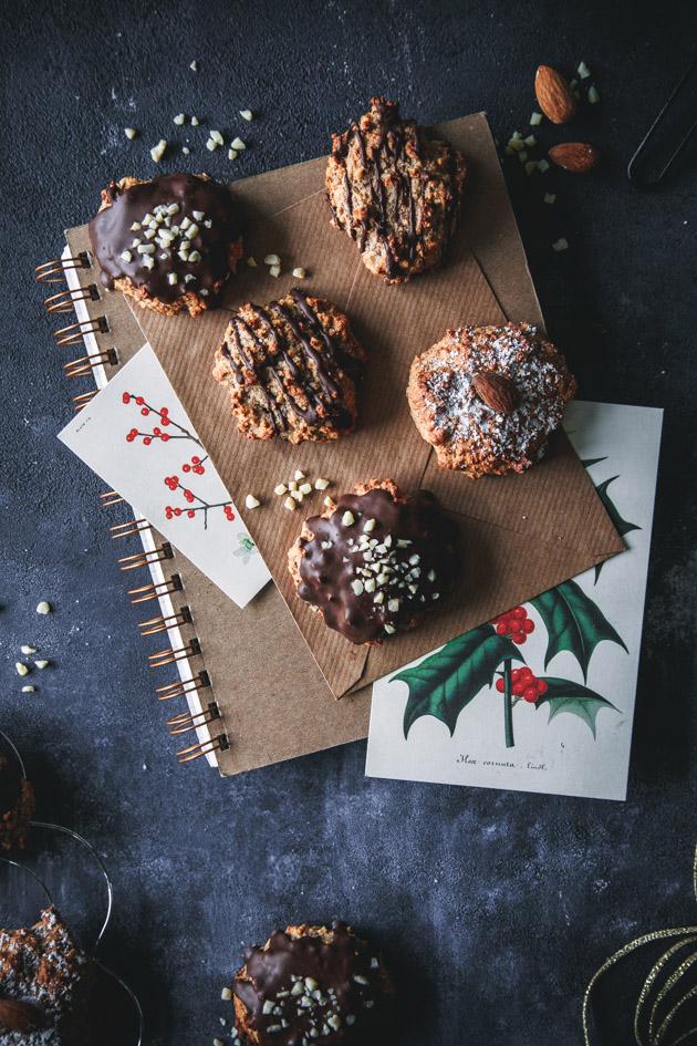 Weiche Lebkuchen mit Nüssen und Schokolade