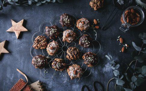 Weiche Lebkuchen mit Nüssen