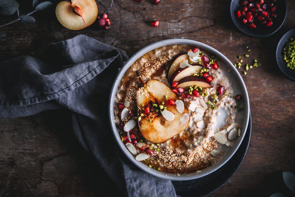 Winter Porridge mit gebratener Birne