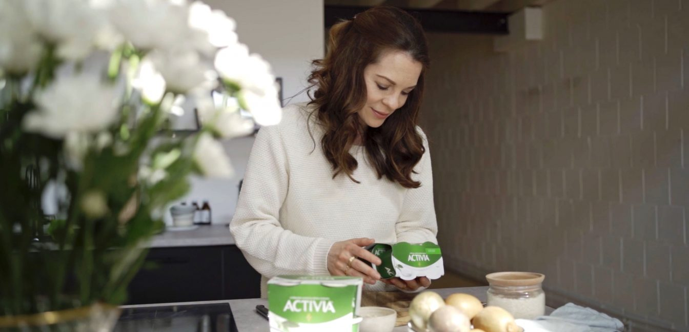 Exotische Joghurt Bowl mit Activia