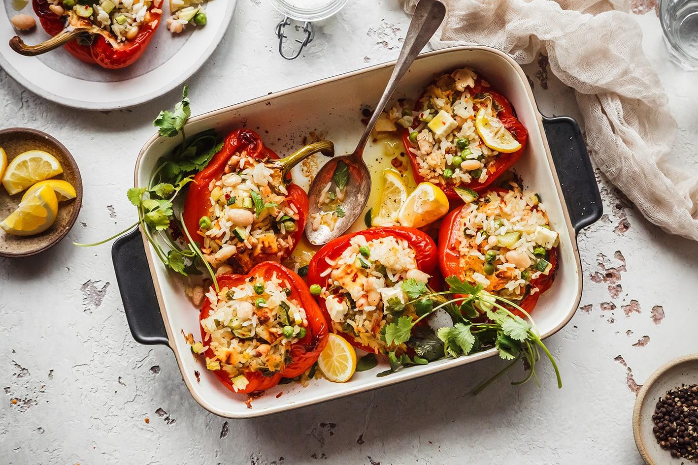 Gefüllte Paprika mit Reis und Gemüse