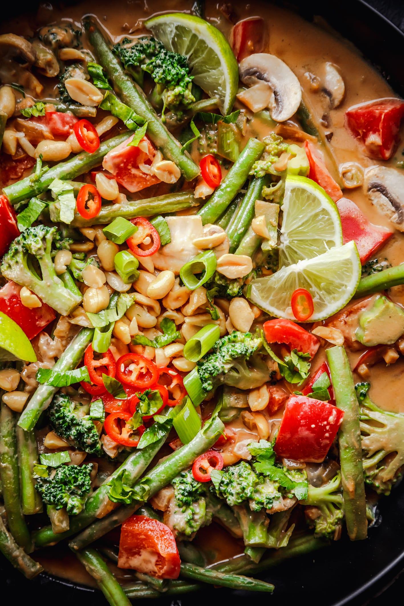 Gemüse in Erdnuss-Sauce